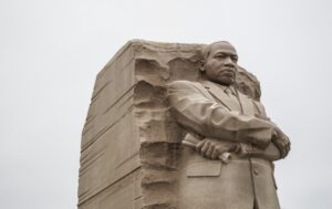 martin luther king junior statue